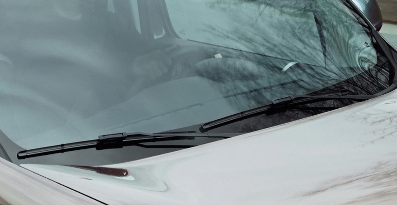 Zorg voor uw auto (ruitenwissers)